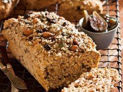 Hoe meer neute en vrugte in die muesli, hoe lekkerder sal jou brood wees. Probeer hierdie broodjie uit Nina Timm se kombuis.