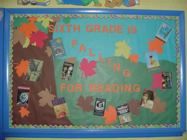 bulletin board ideas for fall writing activity