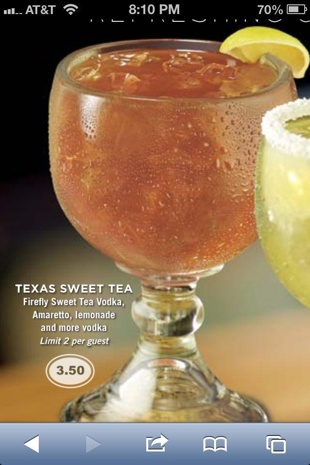 Cheddar's Texas Tea. MAKE AT HOME! Firefly Sweet Tea Vodka, Amaretto, and Lemonade #firefly #amaretto