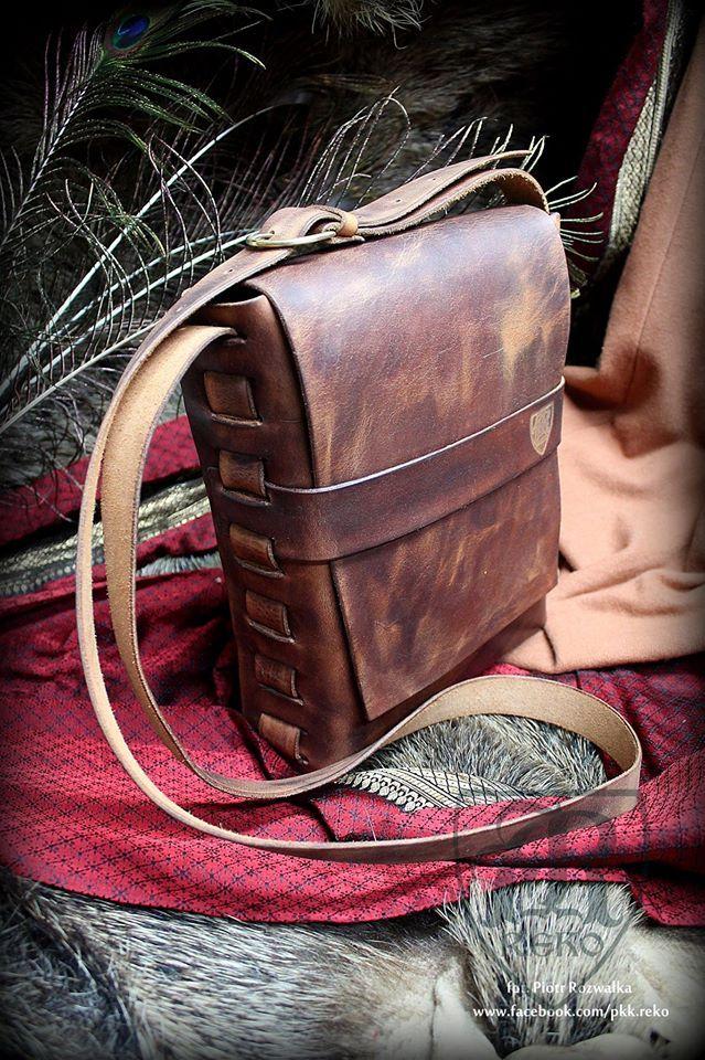 Leather  bag www.facebook.com/pkk.reko