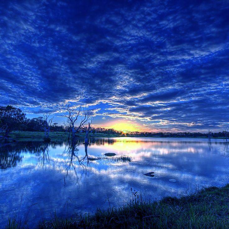 【人気61位】青, 雲, ガラス, 湖, 光線, 反射, 空, 日の出, 木 / 最高の無料壁紙サイト