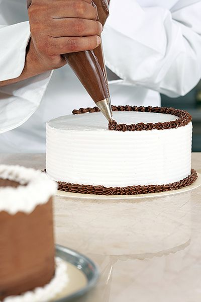 Cake Boss Icing Techniques : 23 best Cake Boss images on Pinterest