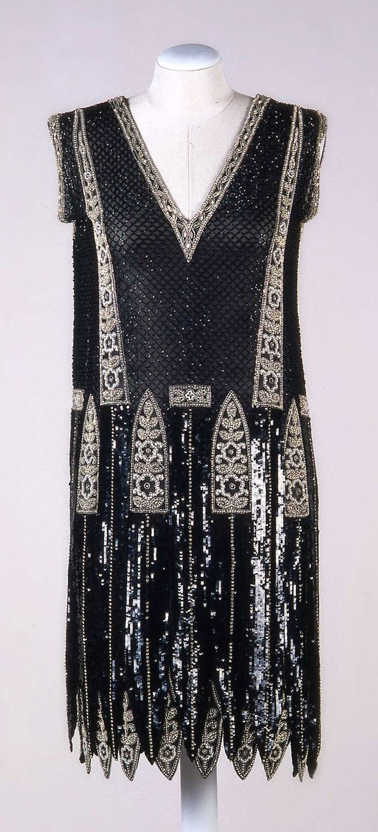 Beaded Silk Evening Dress, Sartoria Buscaroli, Bologna, ca. 1925. Collection Galleria del Costume di Palazzo Pitti