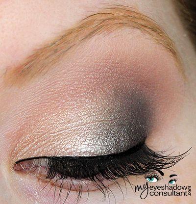 Stila In the Light eyeshadows used:  Kitten (inner half of lid) Ebony (outer half of lid) Bliss (crease) Bare (blend)