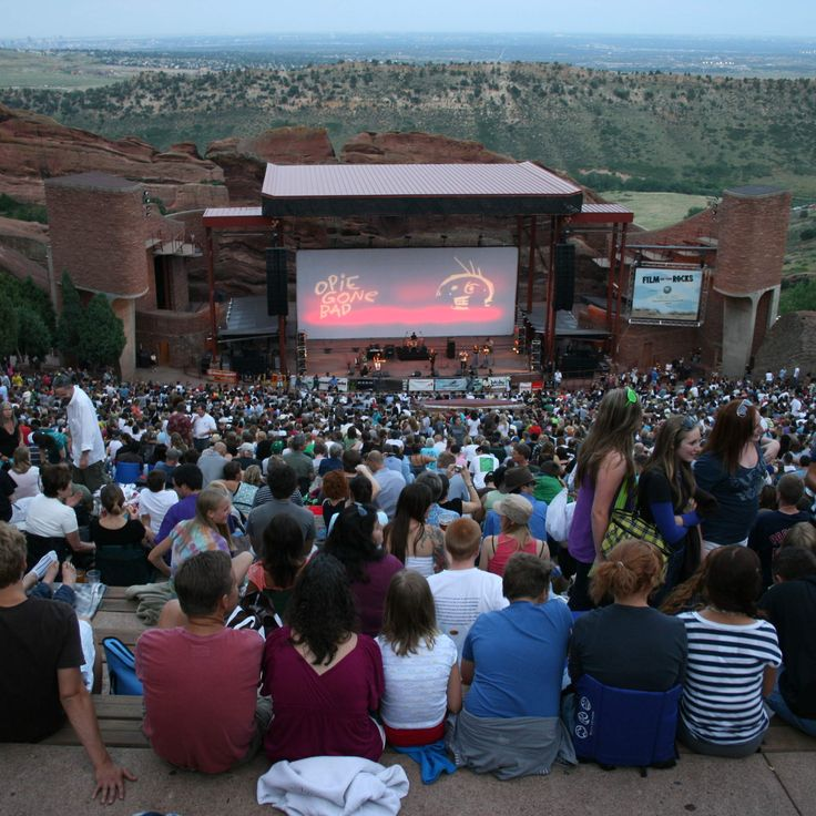 1000+ Ideas About Outdoor Movie Screen On Pinterest
