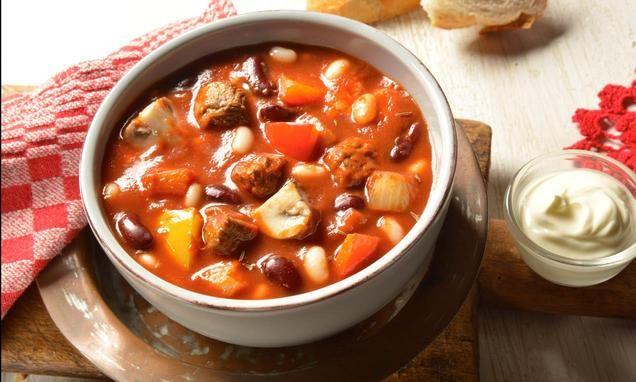 Hirtentopf                              -                                  Ein leckerer Eintopf mit Rindfleisch und Bohnen