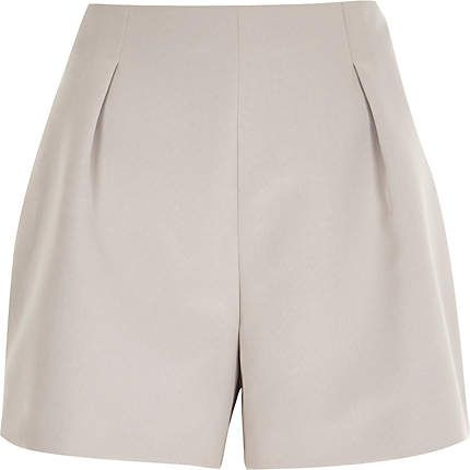 Pink nude tailored smart shorts €40.00