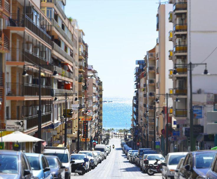 Avenida Gabriel Miró/Gabriel Miró Ave.  -Calpe- Spain