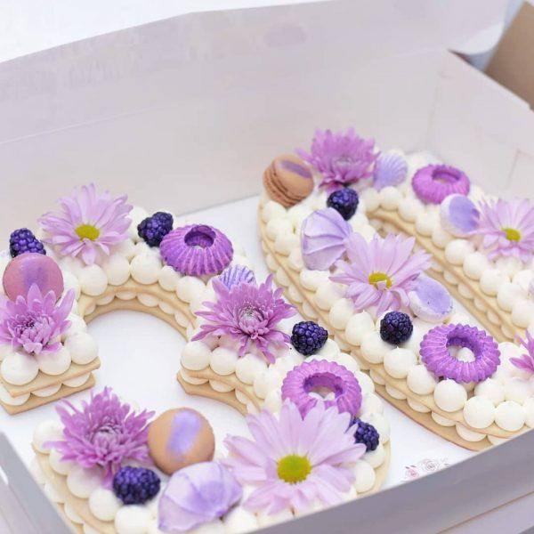 Number Cake Purple Floral Berries With Macarons By Anastasia S Bakery Number Cakes Cake Number Birthday Cakes