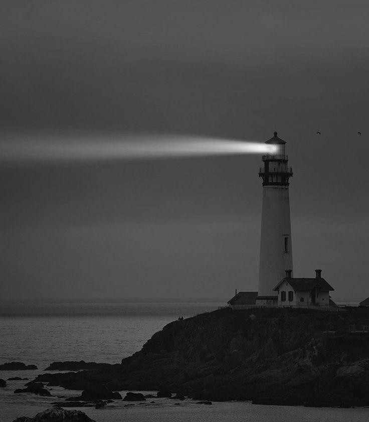 lighthouse-fot-962x1100.jpg (961×1099)