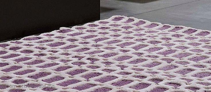 Bloom: handtufted carpet.100% wool,