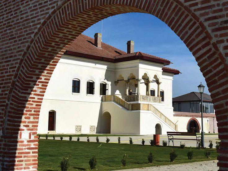 Palatul Brancovenesc Potlogi - 3