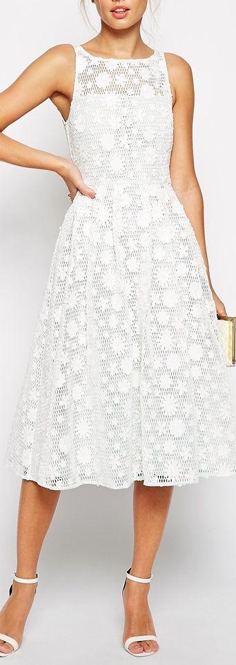 daisy crochet dress