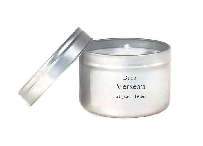 Bougie Parfumée Signe Zodiaque Verseau à la Mandarine Cire Végétale Candle Bougie Naturelle Bougie Personnalisée : Luminaires par fondants-de-cire-parfumes-dude-bougies