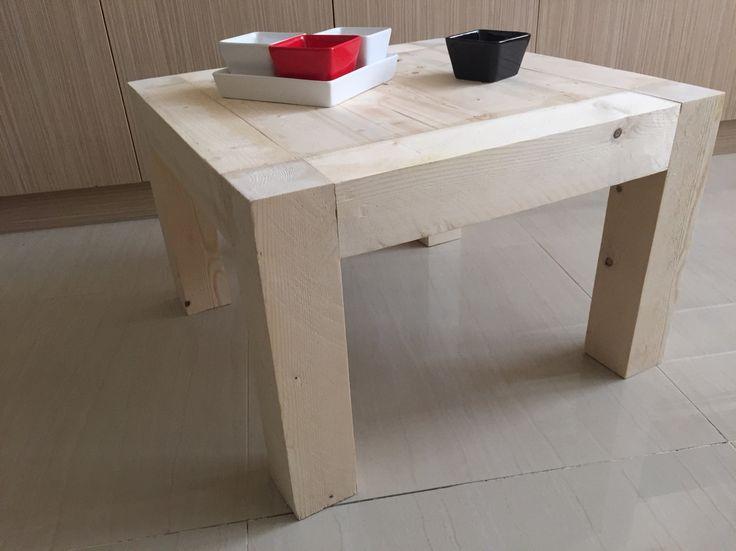 Coffee table 60X60X40