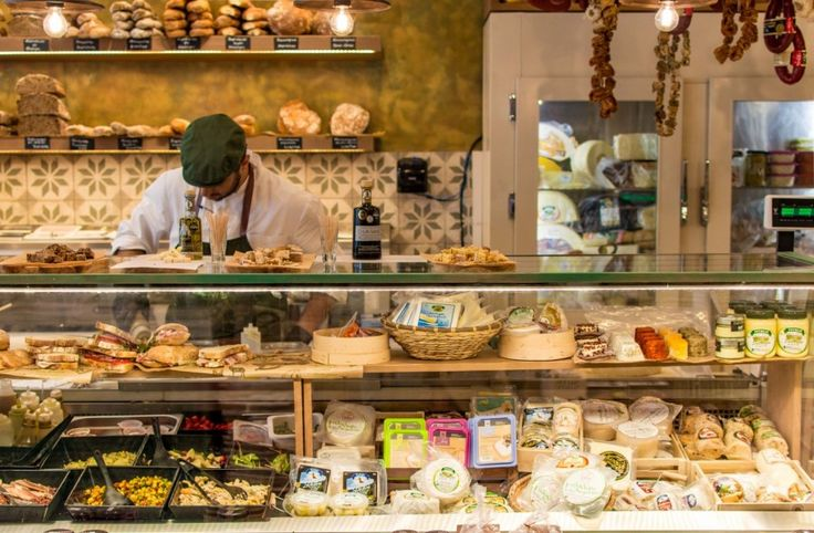 Yoleni's: Ομορφότερο και πιο ώριμο μετά την ανακαίνιση   The Food & Leisure Guide ®