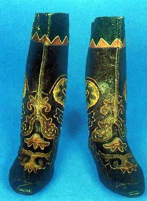 Kazakhstan people national clothes: national boots ...