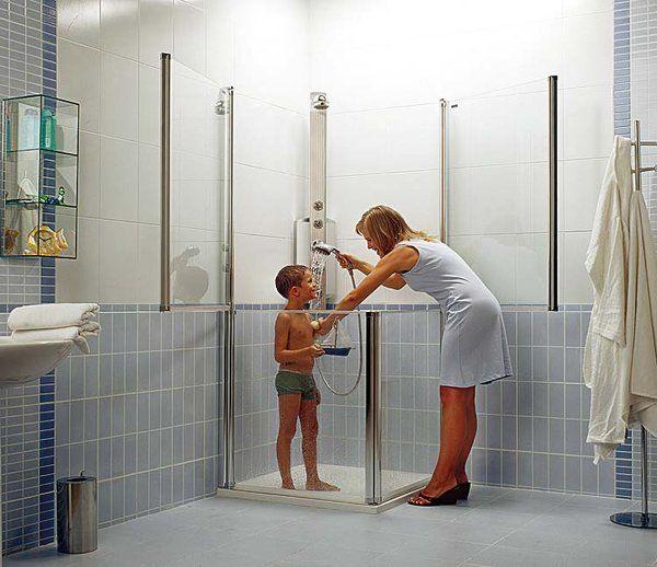 Mampara de media altura para el cuarto de baño de los niños