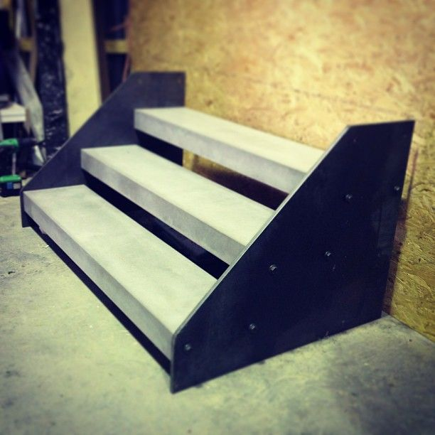 Concrete step treads with steel side plates by POPconcrete