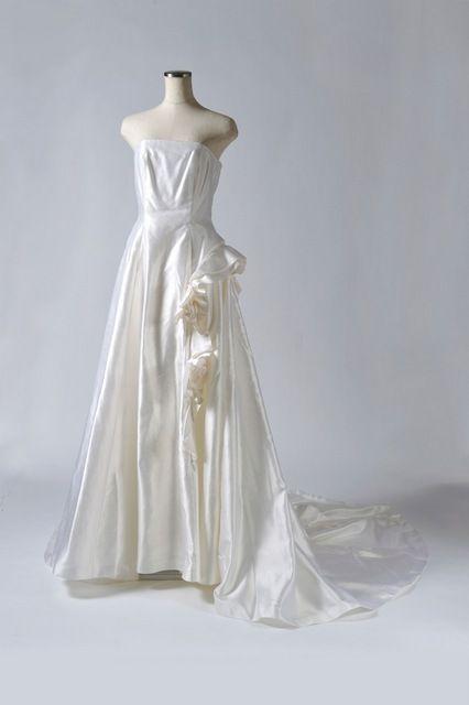 YUMI KATSURAシルクウェディングドレス