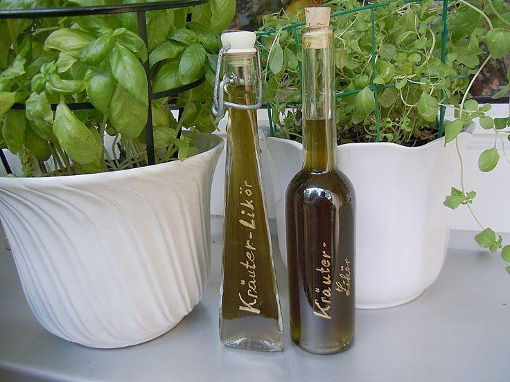 Kräuterlikör, ein gutes Rezept aus der Kategorie Likör.