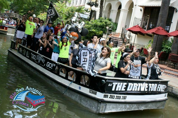 San Antonio Riverwalk Pep Rally for Game 3 of the Spurs tonight. GO SPURS GO!!
