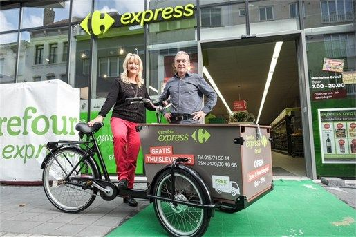 Grocery store from Belgium, antwerpen delivers groceries to their customers for free with a Babboe cargobike! #bakfiets #babboe #cargobike  Read full article (Dutch): https://www.babboe.nl/bakfiets/pers/bakfiets-supermarkt-levering-aan-huis