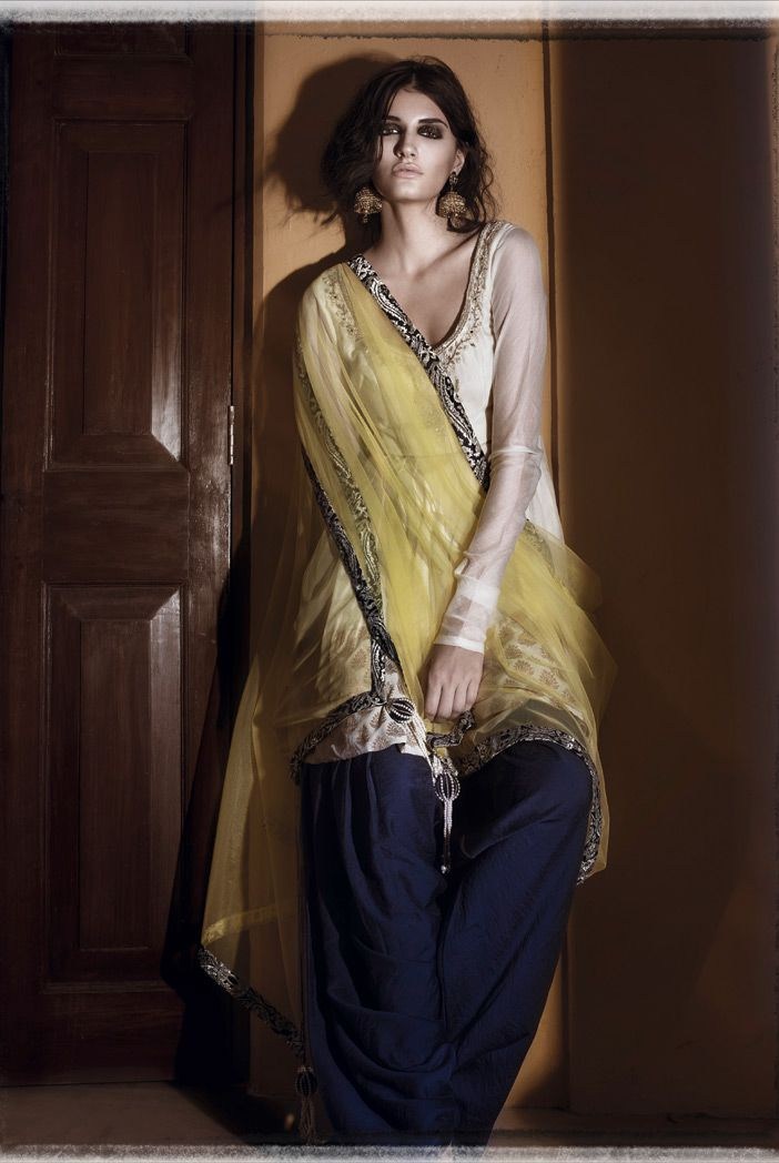 Simple Shalwar - for more follow my Indian Fashion Boards :)