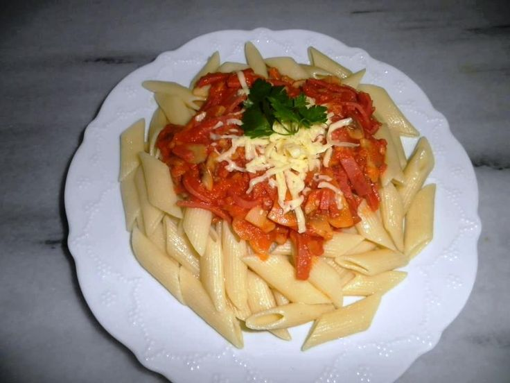 Spagetti Bolognese - Bolonez Sos Tarifi  - http://www.tarifler.co/spagetti-bolognese-bolonez-sos-tarifi/?http://www.tarifler.co