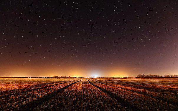 Ночное небо в Калининградской области, Россия