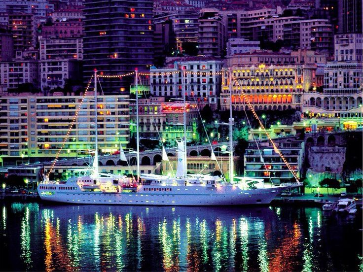 Veliero nel Porto di Monte Carlo.