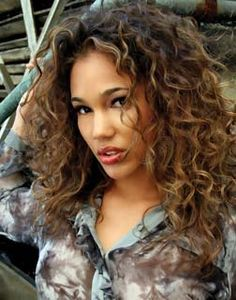 Best 25 curly balayage hair ideas on pinterest curly highlights the art of highlighting curls highlights on curly hairbrown curly haircurly balayage pmusecretfo Choice Image