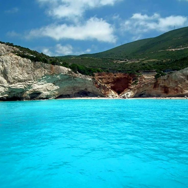 This is not a swimming pool. This is Greece! athenstourgreece.com