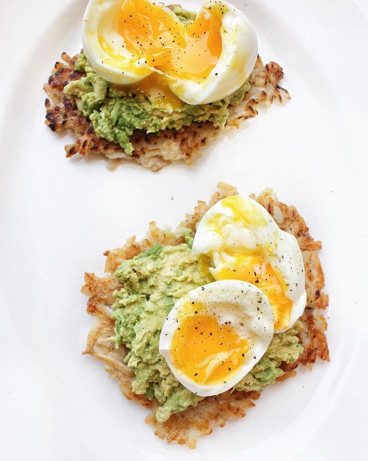 Hash Brown Avocado Toast with Soft Boiled Eggs - #Whole30 approved!