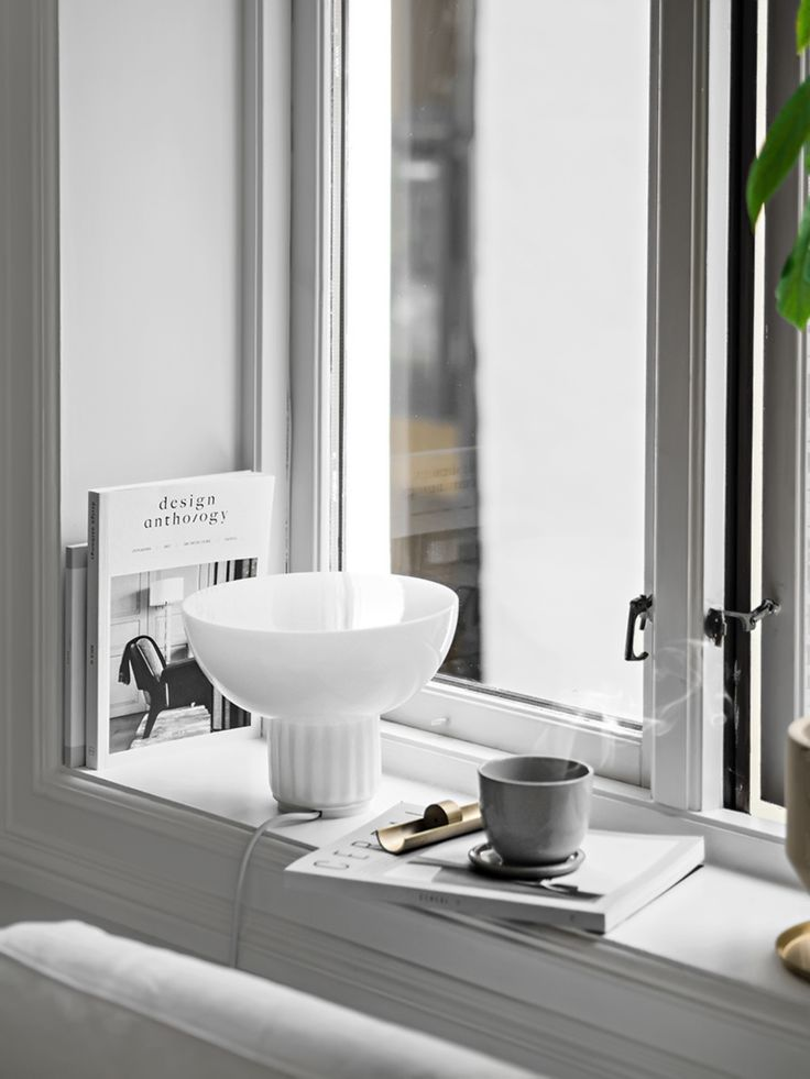 Only Deco Love: Styling Windowsills