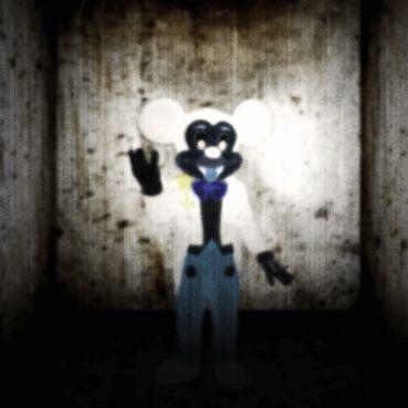 C'est alors que Mickey, comme une photo négative, le Mickey au milieu du sol, a commencé à se lever