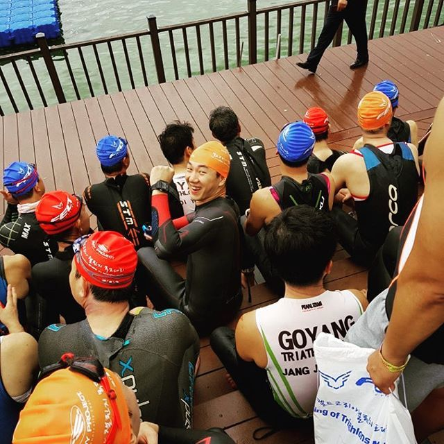 #fighting 👍 #start #openwater  #ironman #ironmantri #giant #specialized #sworks #race #swim #swimming #swimwear #bike #ride #riding #cycling #cycle #run #running #runner #runway #triathlon #ironman #garmin #giantbikes