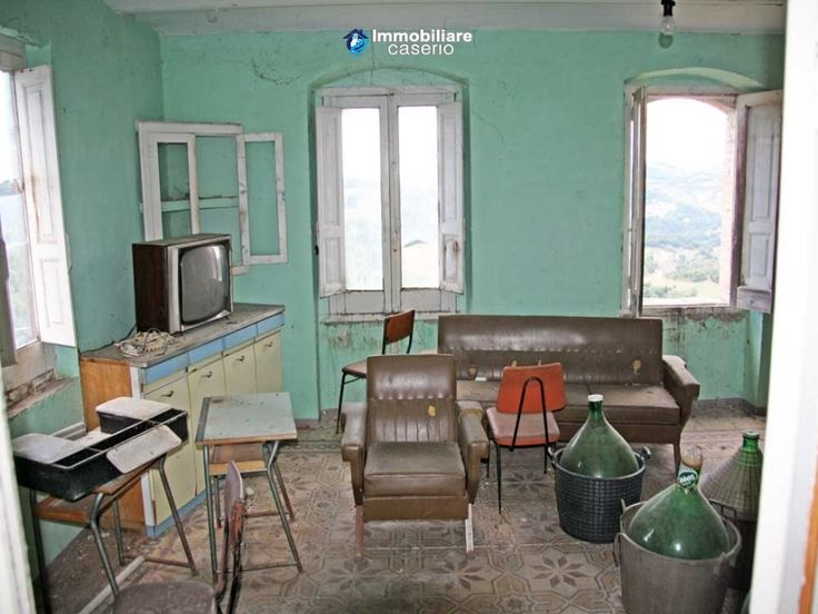 Stone cottage for sale in Fossalto, Molise, Italy