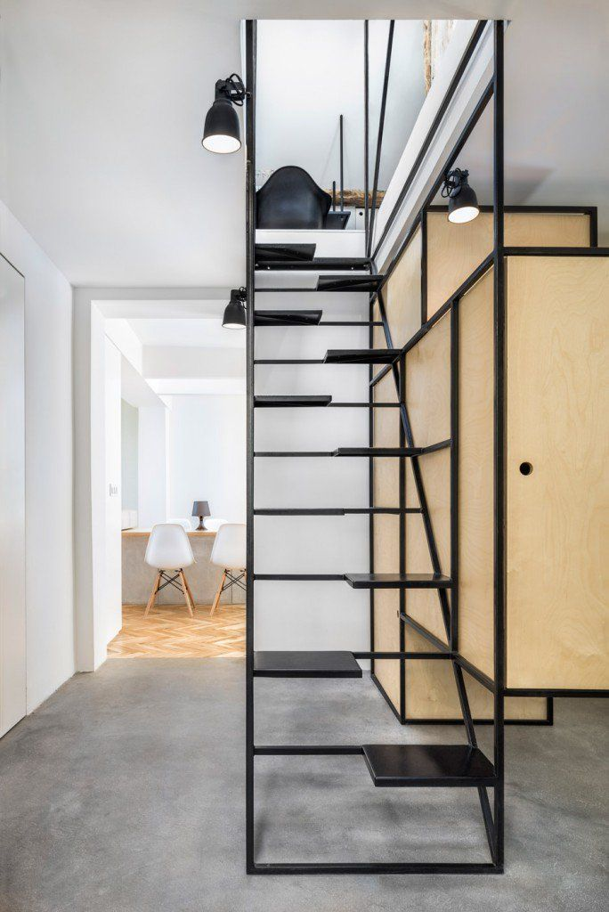 Ungewöhnlich Fensterfronten Und Metall Treppe Haus Design ...