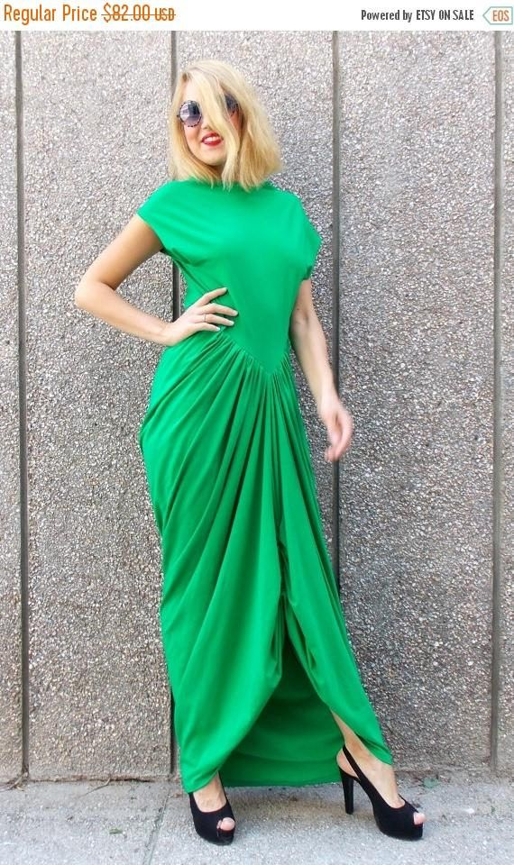 SALE 30% OFF Green Maxi Dress Loose Summer Dress Plus Size https://www.etsy.com/listing/180296107/sale-30-off-green-maxi-dress-loose?utm_campaign=crowdfire&utm_content=crowdfire&utm_medium=social&utm_source=pinterest