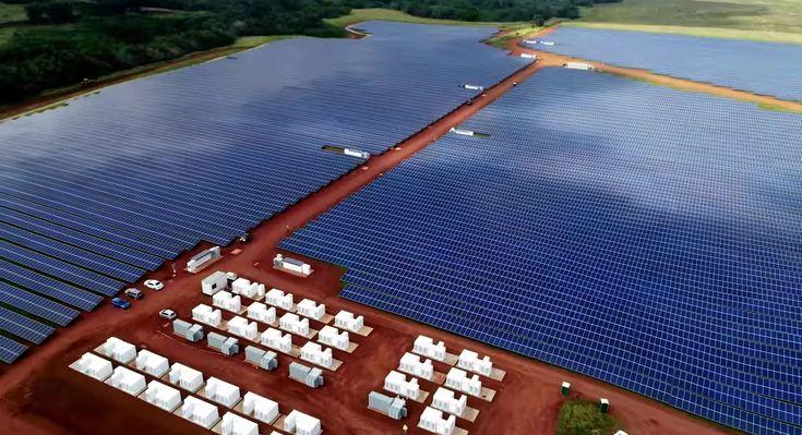 Tesla has completed a massive, 55,000-panel solar farm on the Hawaiian island of Kauai that will allow them to experiment with medium-term energy...