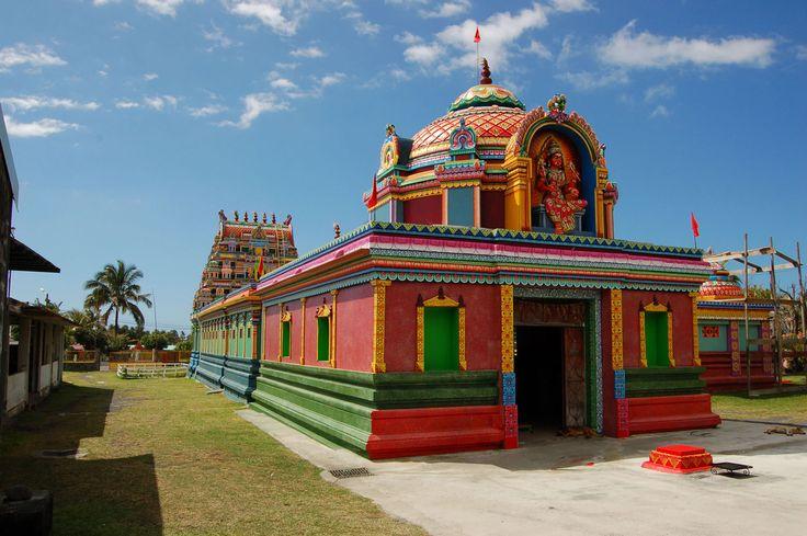 le Colosse Temple Tamoul St André, Île de la Réunion, Outre-Mer