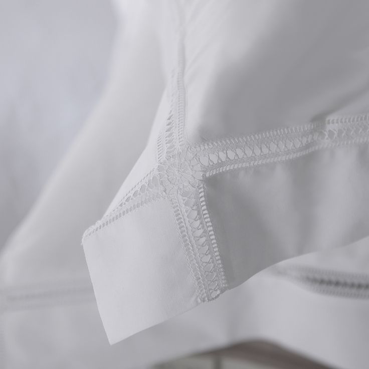 Hand embroidered drawn thread work on the Medallion Bed Linen - Cologne and Cotton