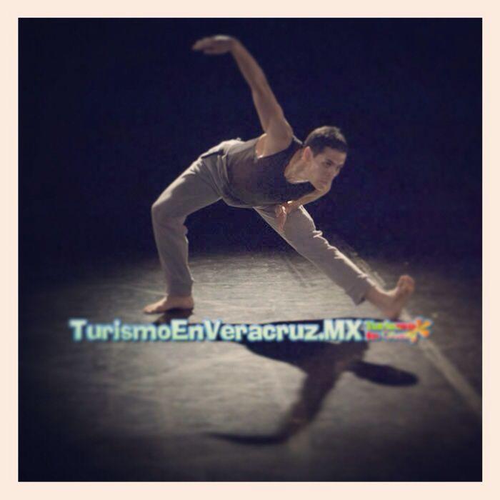 La #danza #contemporánea, presente en el puerto de #Veracruz http://www.turismoenveracruz.mx/2013/09/la-danza-contemporanea-presente-en-el-puerto-de-veracruz/ #cultura #Mexico