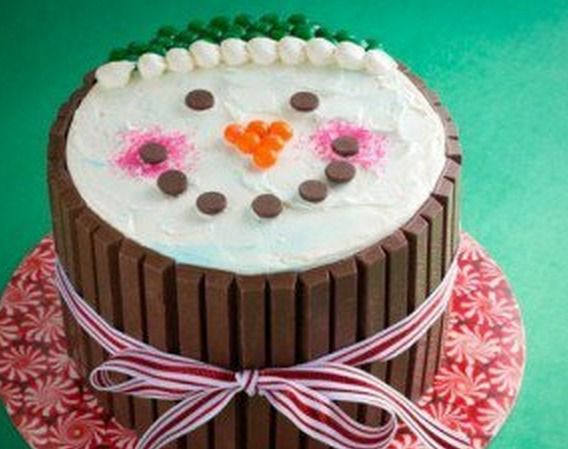Smiling Snowman Kit Kat Cake. Cute!