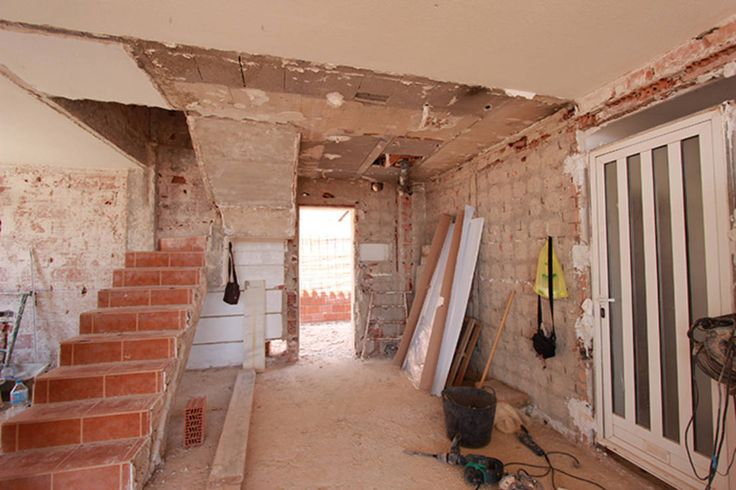 Esta casa prácticamente ha sido modificada en su totalidad,…