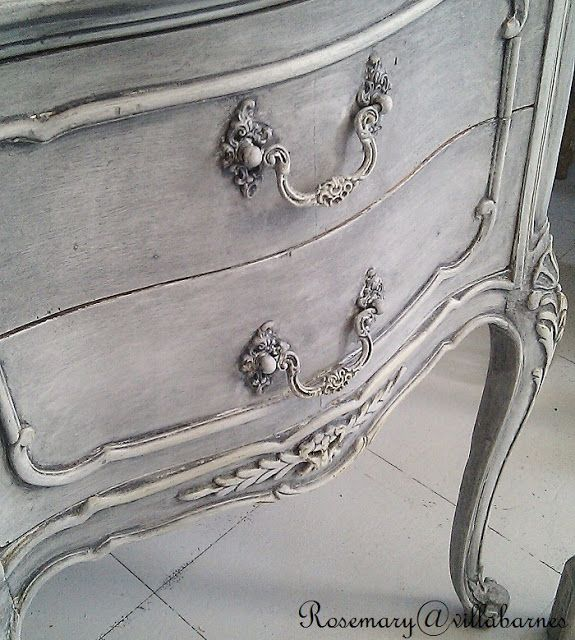 Beautiful Grey Washed Night Stand TUTORIAL - Primed in Grey, then painted with several layers of paint, applied White Gesso, and finished with a Grey Wash.  Lightly distressed.