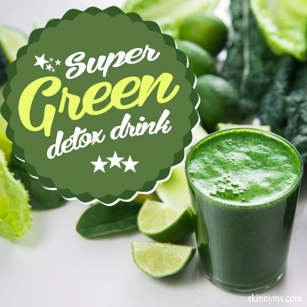 Super Green Detox Drink--This healthy breakfast blended juice helps to keep sugar cravings at a minimum.  #detox #juice #recipe