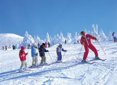 Zao Onsen | Yamagata City | Yamagata Prefecture | Resort Spotlight | Japan ski and snowboard resorts | SnowJapan
