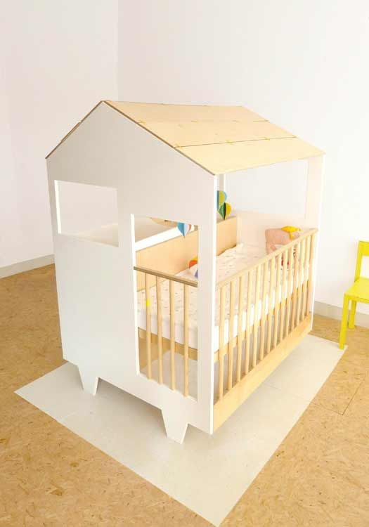 Nina's House was created out of the need for a separate space for a newborn, without having to renovate or move house entirely. The little house accommodates all the necessities for a baby: a crib/playpen, storage and a place to change diapers.